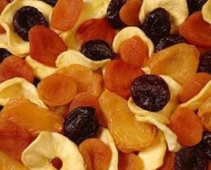 Польза от ярких сушеных фруктов