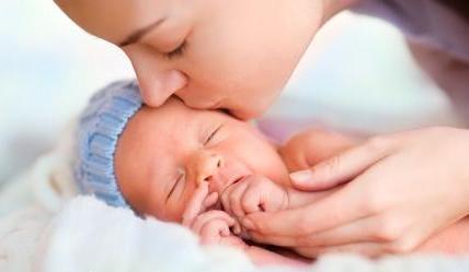 Кормление новорожденного грудью за и против